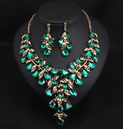 39ee35e9703 ArtificiAl necklAce sets online shopping - women wedding set for necklace  and earrings in green alloy