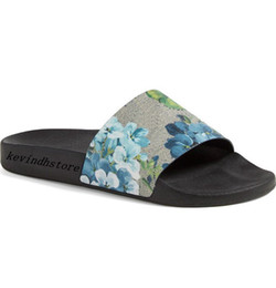 3b8237f795fe1 factory outlet mens and womens fashion blue flower blooms print rubber  slide sandals slippers summer outdoor beach flip flops