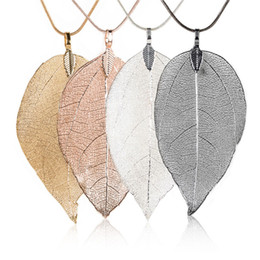 China Rinhoo Fashion Sweater Coat Necklaces Ladies Girls Special Leaves Leaf Pendant Necklace Long Chain Jewelry for Womens Gift cheap jewelry for ladies suppliers