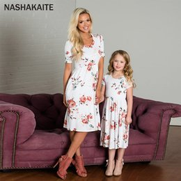 $enCountryForm.capitalKeyWord Australia - Mother daughter dresses Floral Print Mini Dress Mommy and me clothes Mom and Daughter Dress Vestido mae e filha matching outfits