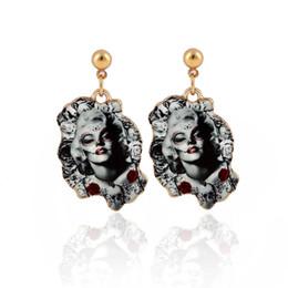 $enCountryForm.capitalKeyWord NZ - Halloween Marilyn Monroe Portrait Earrings for Women Gold Earringsjl-342