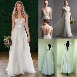 $enCountryForm.capitalKeyWord NZ - Simple 2018 Beach Wedding Dresses Sleeveless V Neck Back Closure Button Bride Gowns Plus Size Wedding Dress