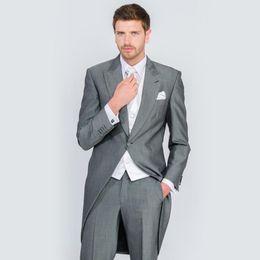 $enCountryForm.capitalKeyWord UK - New Arrival One Button Gray Long Groom Tuxedos Peak Lapel Groomsmen Best Man Suits Mens Wedding Suits (Jacket+Pants+Vest) Custom Made