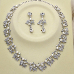 bridal pearl white gold set NZ - White Gold Plated Clear Rhinestone Crystal Diamante Ivory Pearl Leaf Flower Bridal Necklace and Earrings Jewelry Sets