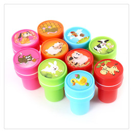 10 PCs Assorted Originality Farm Animals Stamps Kids Party Favos Event Supplies For Birthday Gift Toys Boy Girl Random Delivery