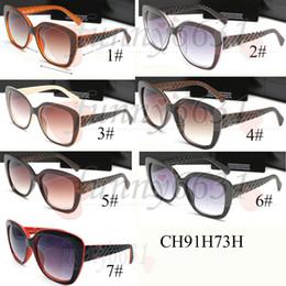 9cacfe8fca Nuevas gafas de sol de la manera de las mujeres del estilo tablones de sol  de la alta calidad gafas de sol de la lente de la película del color nuevos  ...