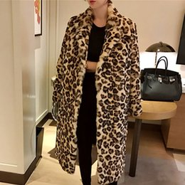 Wholesale Classic Leopard Print Color Faux Fur Coat Women Long Thick Warm Jackets Fluffy Star Style Overcoats Winter Street Outerweat