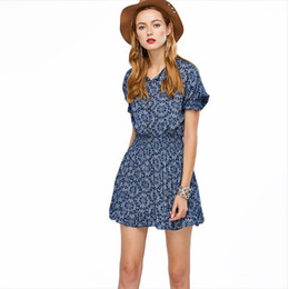757ae607251 2018 Summer V Lead Blue And White Porcelain Chiffon Skirt Woman Waist Short  Sleeve Shivering Dress