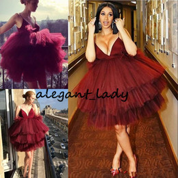 prom dress pink fluffy NZ - Burgundy Fluffy Tiered Homecoming Dress Spaghetti Straps Sleeveless Attractive Short Cocktail Dresses Party Gowns Celebrity Mini Prom Dress