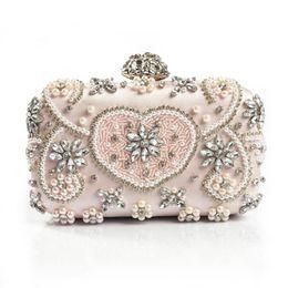 $enCountryForm.capitalKeyWord Canada - Luxury Crystal Evening Bag Handmade Style Rhinestones Pearl Women Evening Bags Vintage Satin Lady Party Wedding Clutches Purses