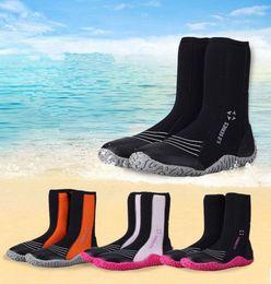 5MM Haut Chaussures De Plongée Surfer À La Dérive Chaussures Chaudes Snorkeling Flipper Bottes Seaside Chaussures De Plage Chaussures De Surf 5 Paires