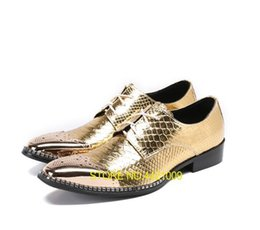 Discount formal shoes patterns - Shoes Men lace up pointed toed formal dress genuine leather gold Stone Pattern chunky heel iron toes male 5cm brogue sho