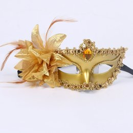 $enCountryForm.capitalKeyWord Australia - NEW In Stock Mix Order Feather Half Faces Eye Masks With Lily on Side Masquerade Mardi Gras Venetian Halloween Prom Dancing Party Masks
