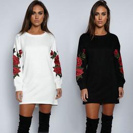 $enCountryForm.capitalKeyWord NZ - Womens Long Sleeve Hoodie Sweatshirt Jumper Hooded Pullover Tops Embroidery Floral Rose Autumn Winter Tops Black White