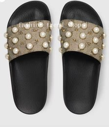 Sandal trend online shopping - 2018 pearl slippers good qualit Sandal men Women Classical Slippers soft sole Sandals summer holiday beach hotel slippers fashion trend