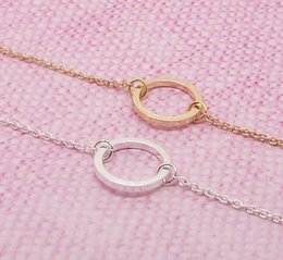 Wholesale Small Geometry Hollow Round Ring Charm Pendant Necklace Compact Circle Friendship Gift Contour Round Frame Love Eternal Necklace Jewelry