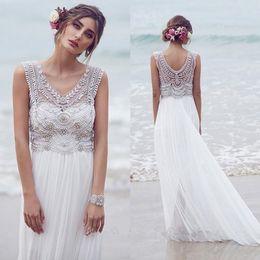 New Design Beach Chiffon Wedding Dresses Sheath Sleeveless with Beading Sweep Train Garden Wedding Bridal Gowns