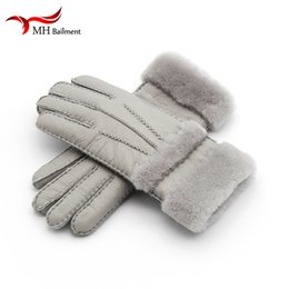 Men Gloves Leather Sheepskin Australia - Top Quality Genuine Leather Warm Fur Glove For Men Women Thermal Winter Fashion Sheepskin Ourdoor Thick Five Finger Gloves G5 S1025