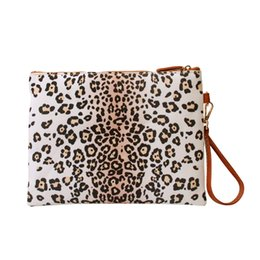 $enCountryForm.capitalKeyWord Canada - Women White Gound Leopard Wristlet Purse Leopard Print Clutch Cosmetic Bag DOM875