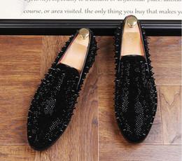 2dbb5a7e37c4 2018 Men Glitter rivet Shoes New Mens Fashion Casual Flats Men s Designer  Dress Shoes Sequined Loafers Men s Platform Driving Shoes NXX992