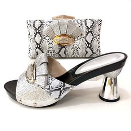 bc268d490fb8c8 Summer high Sandal High Quality Matching gold Italian Shoes And Bag Set For Evening  Party In Gold Shoes And Matching for Wedding
