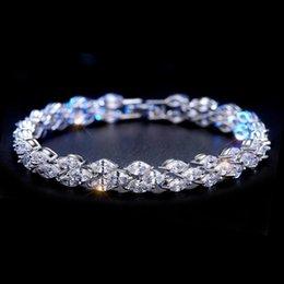 Vente en gros Bijoux de luxe Pétillant 18 K Or Blanc Rempli Marquise Topaz CZ Diamant Complet Roma Bracelet Hot Party Femmes Bracelet Pour Les Amoureux 'Cadeau