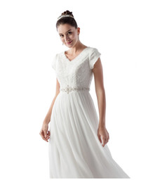 $enCountryForm.capitalKeyWord Australia - New Arrival A-line Tulle Modest Wedding Dress With Short Sleeves Beaded Lace Top Crystals Belt Informal Boho Wedding Gown Custom Made