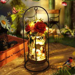 Casa delle bambole Mini Cesto appeso DIY Miniature Flower DollHouse Mobili in legno Decorazione Toy For Children Regalo di Natale TC5 #E
