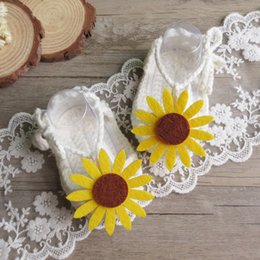 Baby Shoes Yarn Australia - 2019 new design baby shoes handmade crochet toddlers summer sunflower yarn sandals lovely bebe lace up shoe