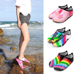 Skin loverS online shopping - Print Diving Socks Snorkeling Sock Lovers Couples Non slip Swimming Beach Shoes Skin Care Shoe pair Outdoor Shoes OOA5282