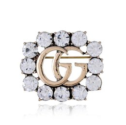 Men Women Luxury Letter Brooches Vintage White Crystal Rhinestone Brooch Pin  Clothing Accessories Jewelry Gift 4c3d059de785