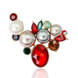 $enCountryForm.capitalKeyWord NZ - Flower Brooches Red white Enamel Simulated-pearl Crystal Rhinestone Gold Color Brooch Pin For Women Jewelry Gift for wedding bride