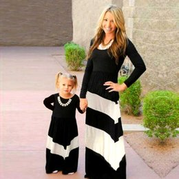 Matching Mom Daughter Dresses NZ - Mother Daughter Dresses Family Matching Outfits Patchwork Black White Stroped Mommy and Me Clothes Mom and Girl Kids Dress