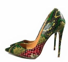 2621780651 Bona fide 2018 novos Sapatos Mulher Cobra Impresso Mulheres Sapatos Sexy 12  CM Bombas de Salto Alto Apontou Senhoras Festa de Casamento Sapatos Mulheres  ...