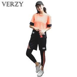 $enCountryForm.capitalKeyWord NZ - VERZY Plus Size Women Yoga Set Breathable Gym Exercise Sportswear T-shirt+Tight+Sport Bra+Loose Pants 4pcs Workout Fitness M1826