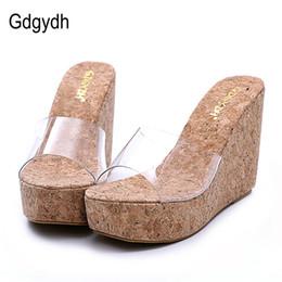 Vente en gros Gdgydh 2017 Nouvelle Été Transparent Plateforme Compensées Sandales Femmes Mode Talons Hauts Femmes D'été Chaussures Taille 34-39 Drop Shipping
