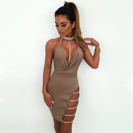 Mini abito sexy Donna Diamond Halter Deep V Neck Moda Hollow Out Abiti senza maniche Ladies Backless Dress Short 2018 Clubwear