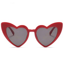 Cheap Clear Sunglasses UK - Love Heart Sunglasses Women cute sexy retro Vintage cheap New Fashion Beach holiday party Sun Glasses red female