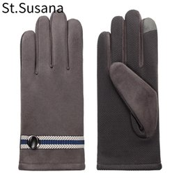 $enCountryForm.capitalKeyWord NZ - 2017 autumn winter men gloves classic England cotton mitten Belt Buttons soft lining touch screen driving warm PU Leather gloves