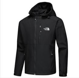 $enCountryForm.capitalKeyWord UK - 2019 new mens luxury designer jackets Long Sleeve windbreaker windrunner Men Zipper Waterproof Jacket face north Hoodie coats clothes