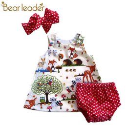 $enCountryForm.capitalKeyWord UK - Bear Leader Baby Girls Clothing Sets 2018 New Brand Three Piece Sets Short Pants+Hair Band+Dress Printing Patten For Baby 6-24M