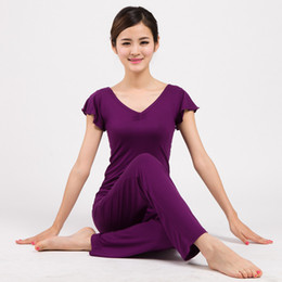China Yoga Clothing Set Breathable Fitness Clothes Sportswear Sports Suit For Women Yoga Fitness Clothing Ruffle Sleeve Shirt supplier red yoga pants for women suppliers
