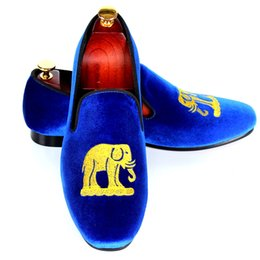 $enCountryForm.capitalKeyWord UK - Blue Velvet Loafers For Men Handmade Embroidery Smoking Slippers Leisure Shoes Flats Red Bottom Sole Size 7-13