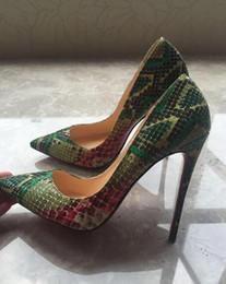 510ebccc11 Bombas de mujer negra Zapatos de serpiente Mujer Zapatos de tacón alto con  punta en color rojo Zapatos de novia de diseñador de lujo Zapatos Tacones  altos ...
