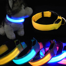 China Luminous LED Nylon Neck Strap Adjustable Size Collars For Cat Dog Glow Night Flashing Safety Collar Light Up supplier light up collars for dogs suppliers