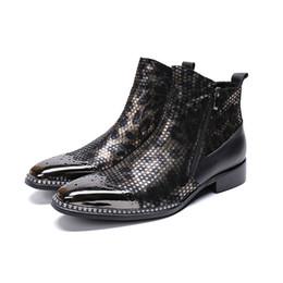 $enCountryForm.capitalKeyWord NZ - Fashion Men Ankle Boots Pointed Toe Botas Hombre Zip Botas Militares Wedding Dress Shoes Mens Cowboy Boots Masculina