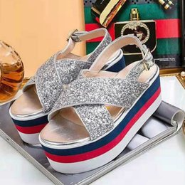 28c0a91340c9 Thick-soled women s sandals high-quality top luxury brand women s shoes  35-40 hot classic style factory direct sales (with box)