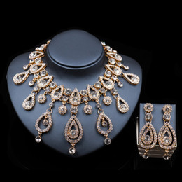 Discount palace jewelry - LAN PALACE fashion dubai gold color jewelry necklace and earrings ensemble bijoux femme gold set india jewelry free ship
