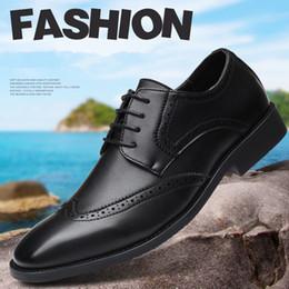 Party Shoes For Men Australia - designer men formal shoes leather italian brand brogue shoes men oxford shoes for men zapatos de hombre calzado hombre chaussure homme