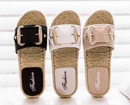 Decorating Flats NZ - Top Quality women Summer outdoor Indoor bathroom antiskidding Fashion Slippers flat heel Comfortable shoes Buckle decorate Size 36~40